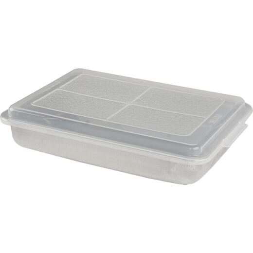 Mirro 13 In. x 9 In. Covered Cake Pan